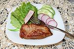 жареная свинина с медово-горчичной корочкой