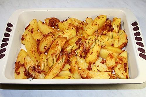 картофель, запеченный в соевом соусе