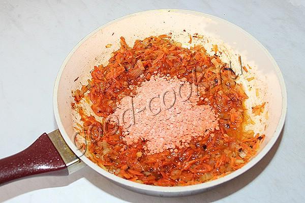 куриные фрикадельки в чечевичном соусе