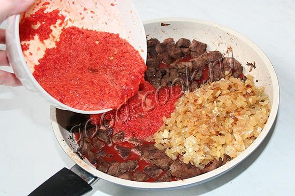говядина по-тайски в остром перечном соусе