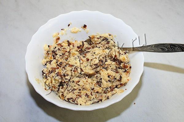 гороховые оладьи с жареным луком