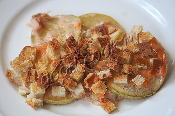 кабачки, запечённые со сметаной и сыром