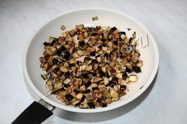 баклажаны тушеные в сметанно-перечном соусе