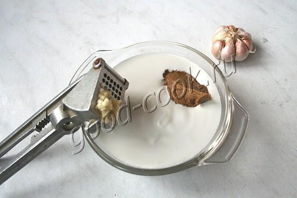 печёночные оладьи в сметанном соусе