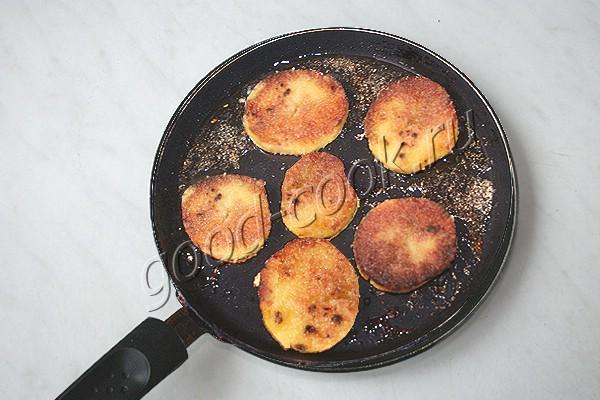 картофель, жаренный по-студенчески