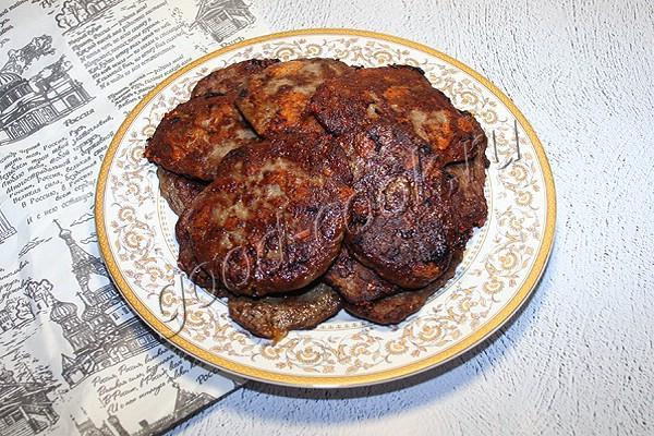 оладьи из куриной печени с сыром
