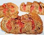 Горячая ароматная булочка с помидорами