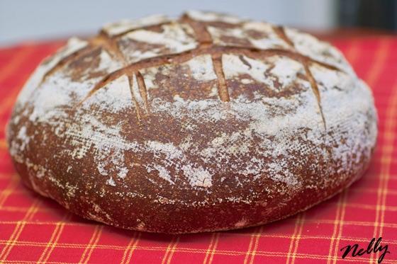 На новой свежей закваске испекла этот хлеб
