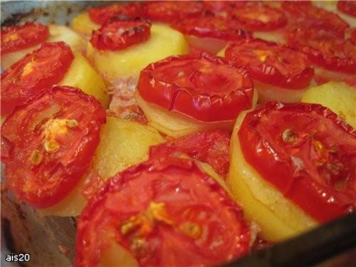 """Сегодня к ужину Сашу ожидало свеженькое горячее блюдо из Арабской кухни Кюфта у батата би санийя"""" (..."""