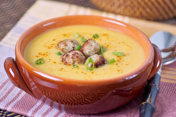 Ароматный суп из осенних овощей