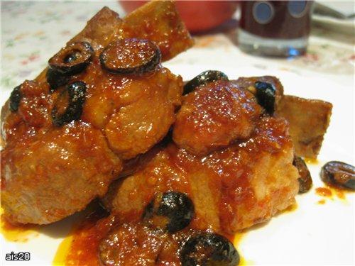 Свиные ребрышки жареные (маринад: лук, лимон, маслины) В этот раз в конце я еще добавила немного ке...