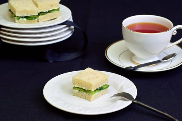 Мой вклад к всемирному Дню Хлеба Ржаной xлеб на закваске с инжиром и орехами Белый хлеб для сэндвич... - 3