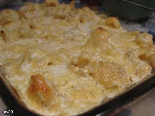 Цветная капуста запеченная под сыром Ингредиенты: - небольшой кочан цветной капусты - 200 г сыра -... - 2
