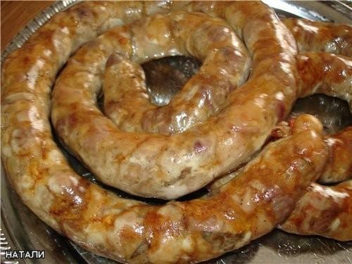 Как приготовить домашнюю колбасу из свинины