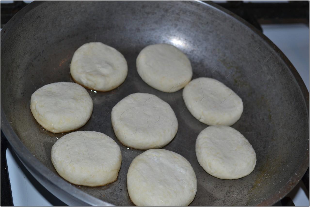 Сырники из творога рецепты пошагово на сковороде пышные