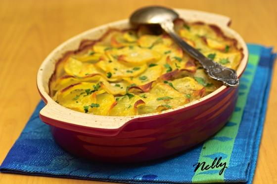 Pommes de terre boulangиre - Картофель запеченный с луком