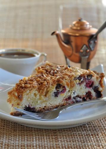 Апельсиновый пирог с клюквой и миндалём/ Cranberry, Orange and Almond Cake Для посыпки верха : 1 ст...