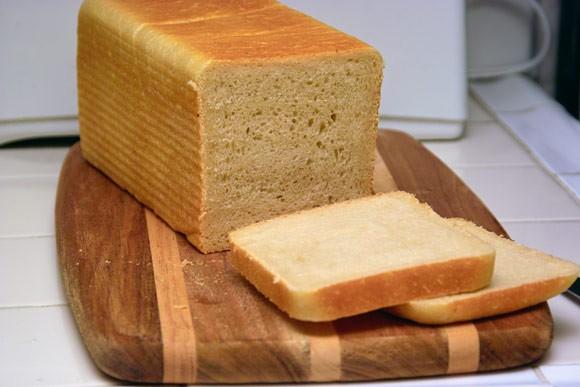 Мой вклад к всемирному Дню Хлеба Ржаной xлеб на закваске с инжиром и орехами Белый хлеб для сэндвич... - 2
