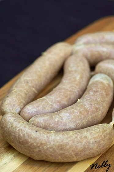 Домашние сосиски и колбаски