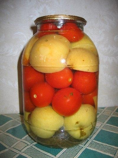 А вот вам еще РП-шных рецептиков для заготовок: Помидоры с яблоками 1 ст