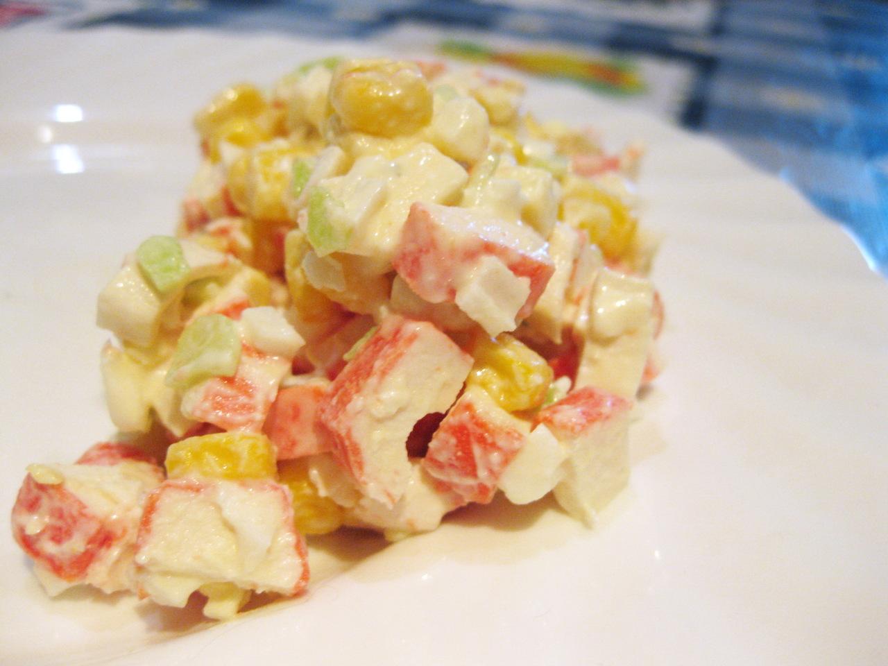 Салат из плавленных сырков и крабовых палочек рецепты