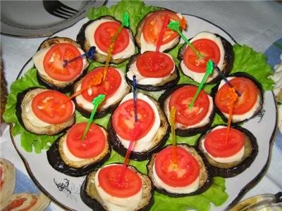 закуска баклажаны+мозарелла+помидор4ик