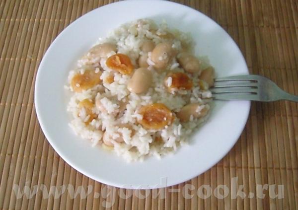 Постный плов с курагой и фасолью Что нужно: рис- 1 стакан фасоль белая консервированная 400 г лук р...