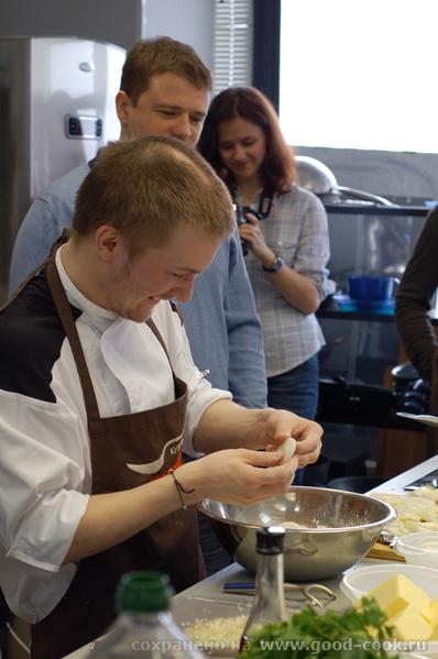 Вот так у нас обычно весело все проходит Панировка лука для жарки во фритюре Тыквенный крем-суп с г...