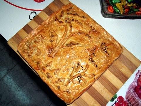 Пирог из песочного теста с грибами,баклажаном и печенью Тесто: 3 стакана муки 200 г маргарина 0,5 ч - 2