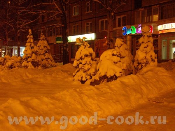 Алис, такой снежок чистый, на втором фото прямо видать как он искриться - 2