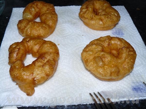 У нас продаются очень вкусные жареные в жиру из заварного теста кольца с глазурью и мои дети, особе... - 4