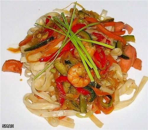 Лапша с овощами и морепродуктами Состав на 4 порции: Лапша удон 0,3кг ; тигровые креветки 0,15кг ;... - 6