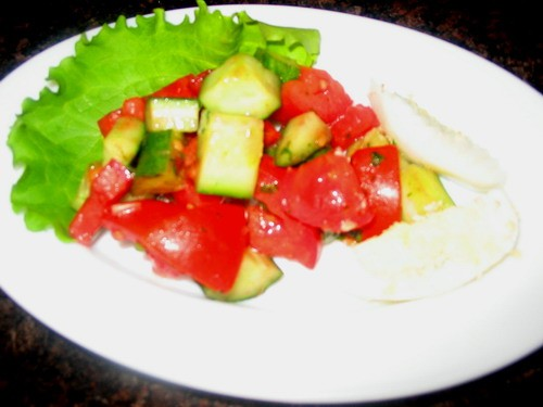 Девочки сегодня у нас на ужин: салатик Соната салатик Аргентина солянка