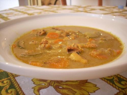 Острый суп с кокосовым молоком и морепродуктами Надо( на 6 порций): рыбный бульон- 800 мл кокосовое... - 2
