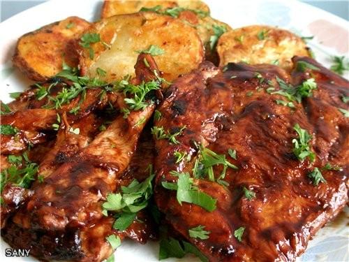 КУРОЧКА НА ГРИЛЕ (POLLO AL GRILLET) 3-4 порции куриного филе (грудинка) Для маринада: 6 ст