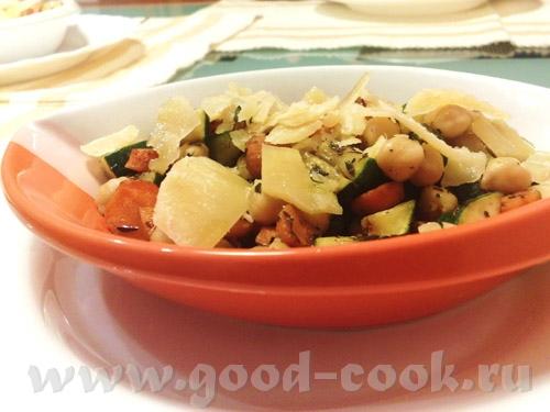 простенький салат с ожидаемый вкусом, который не подведёт хорошо им согреться и насытиться зимним в...