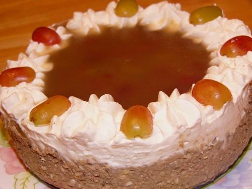 Вот еще одна идея закуски Печеночный тортик