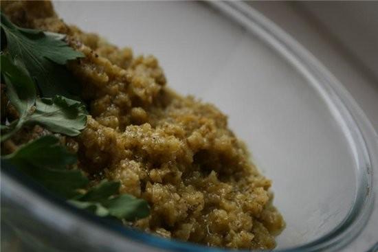 этот соус идеально подходит для рыбного заливного,картофеля,свеженький,легкий сальса из соленых огу...