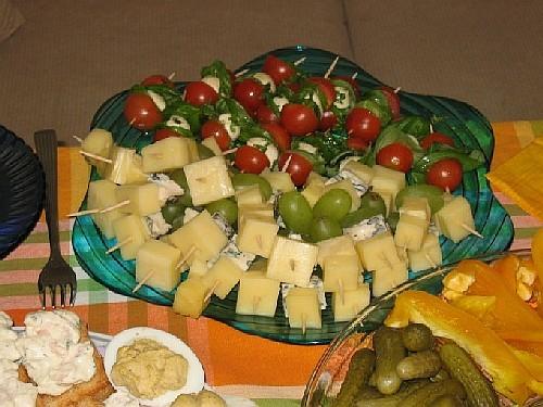 Тосты с соусом из креветок по рецепту Olja Шашлычки сырные с виноградом и шашлычки с моцареллой, по... - 2
