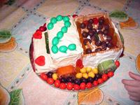 """Торт-грузовичок на двухлетие Основа торта - печенье """"Неженка"""" или любое другое малышацкое печенье"""