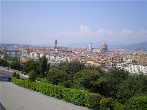 Это вид на Флоренцию со смотровой площади - 2