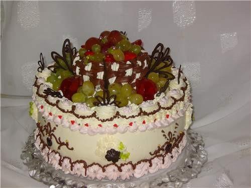 Еще два тортика делала на заказ: