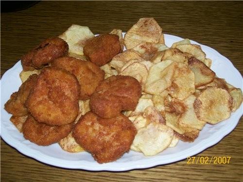 """картошечка """"ФРИ"""" с куриными котлетками"""