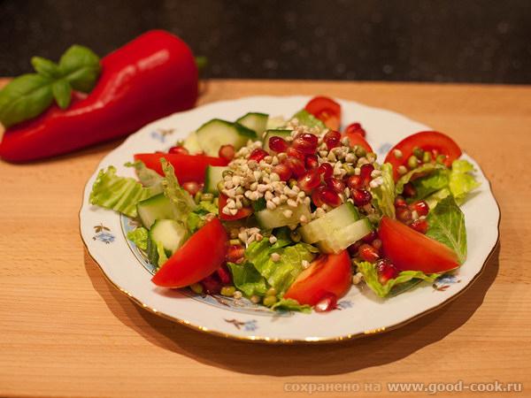 Витаминный салат с проростками