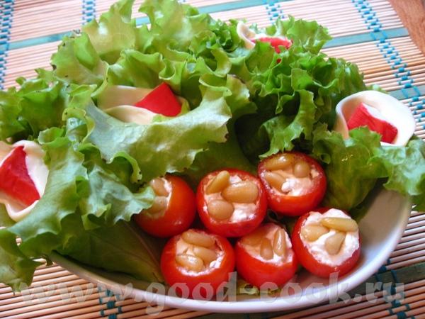 Рулетики закусочные в салатном листе Рецепт очень давно вычитан в журнале «Лиза» или «Приятного апп...