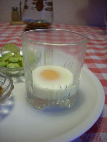 вариации на тему яичных завтраков: Омлет с сушёными помидорами, оливками и каперсами Яйцо, сваренно... - 2