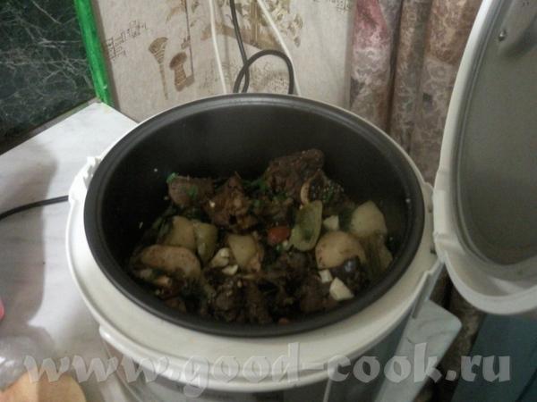 Рагу из баранины с овощами баранина крупными кусками (1 кг) пережаривается с луком и морковкой (все...