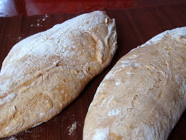 Хлеб-Крокодил Сourronne-Корона из Оверни