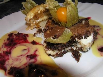 На десерт подавала Шоколадные брауниз от Луна07 - 2
