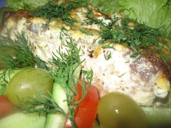 Помещаем рыбу в разогретую до 200 градусов духовку, через минут 7-8 уменьшаем температуру до 190 гр... - 5